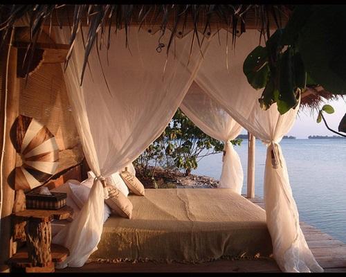 Bedroom Pulau Macan Resort