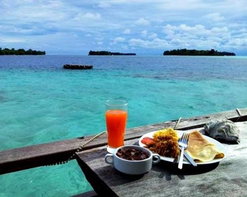 Makan Pulau Macan Resort