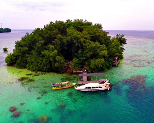 Pulau Macan Resort View Drone