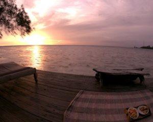 Sunset Vibe Pulau Macan Resort