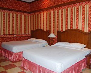 Pulau Ayer Cottage Resort - Executive Bedroom