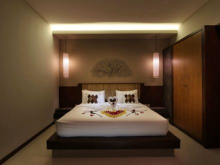 Bali Maharaja Seminyak Villa - Honeymoon Bedroom