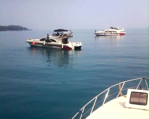 Travelserucom - Sewa Kapal Speedboat Marina Ancol